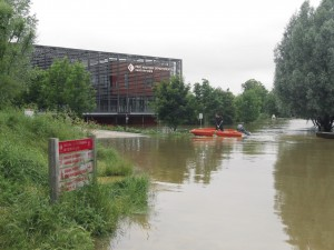 Le plan de prévention des risques d'inondation (PPRI) place l'île de Monsieur en zone rouge. C'est le dernier endroit où il faut imperméabiliser les sols.