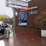 Quand la publicité encombre les trottoirs dans le centre ville de Sèvres
